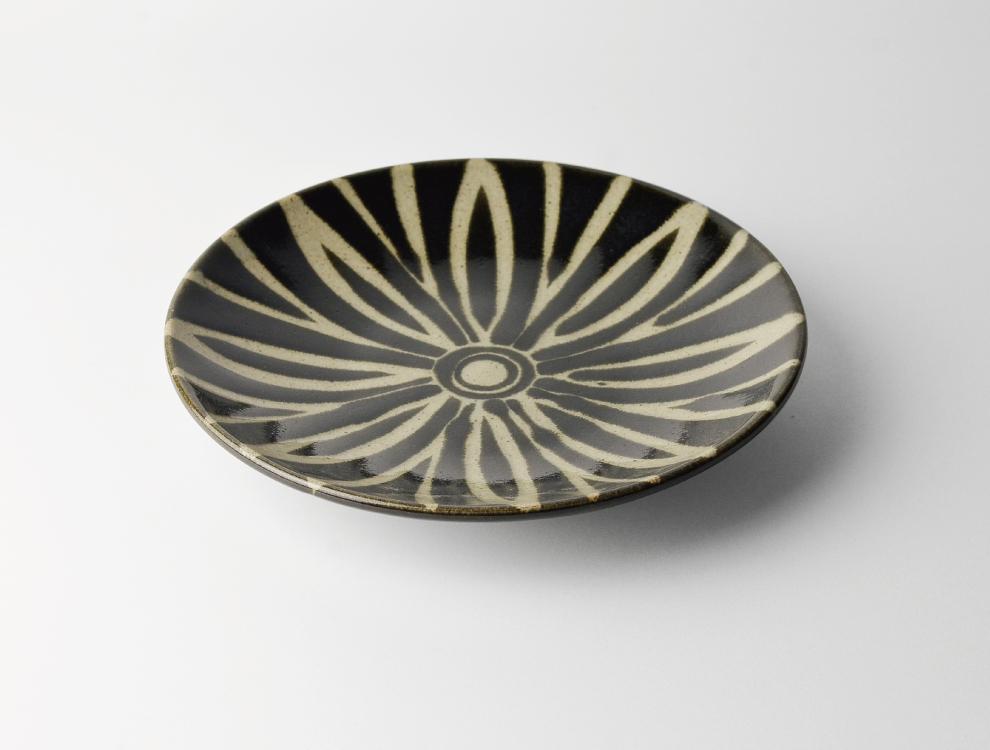 ペルシャ紋_黒ペルシャ紋 7寸丸皿 イメージ