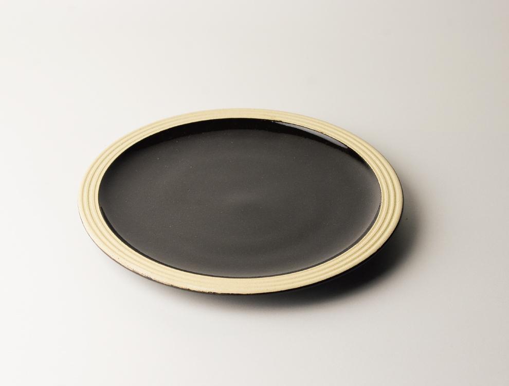 益子伝統釉_黒釉 パン皿 イメージ