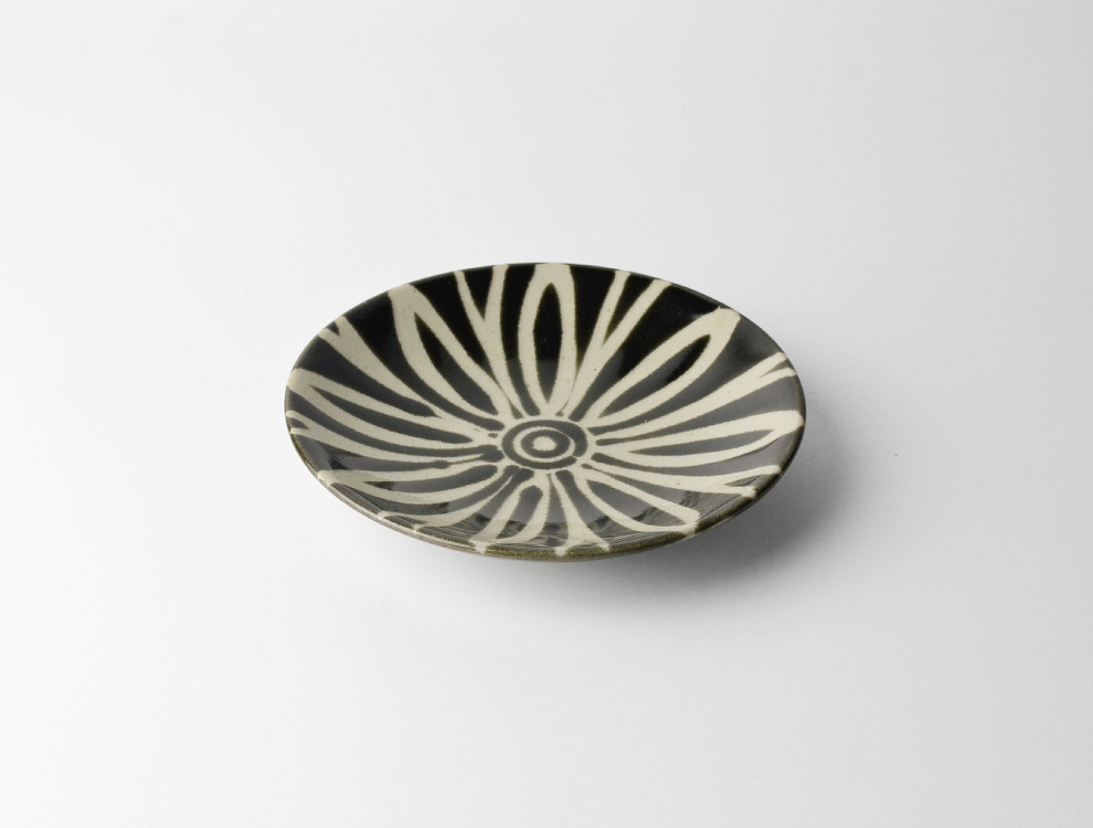 ペルシャ紋_黒ペルシャ紋 5寸丸皿 イメージ