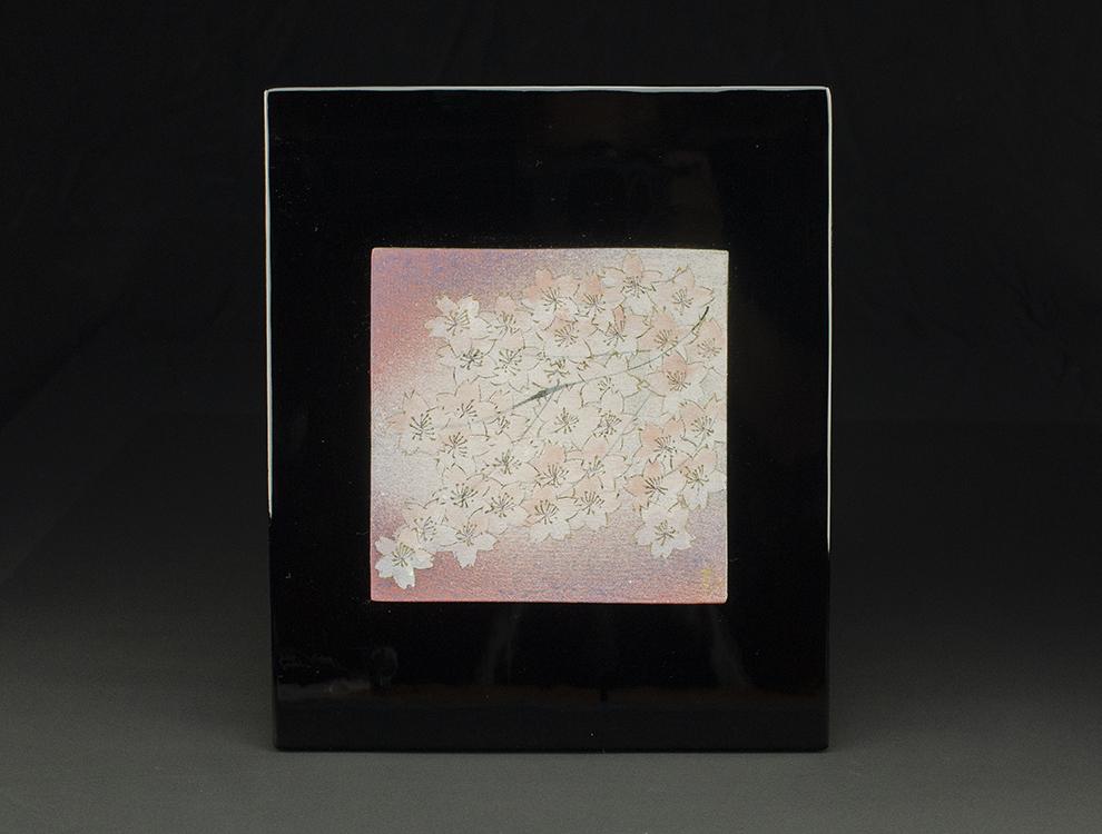 島田恭子_桜文陶板のイメージ