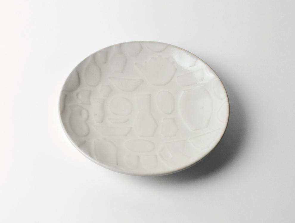 レリーフ_糠白釉 マルチプレートのイメージ