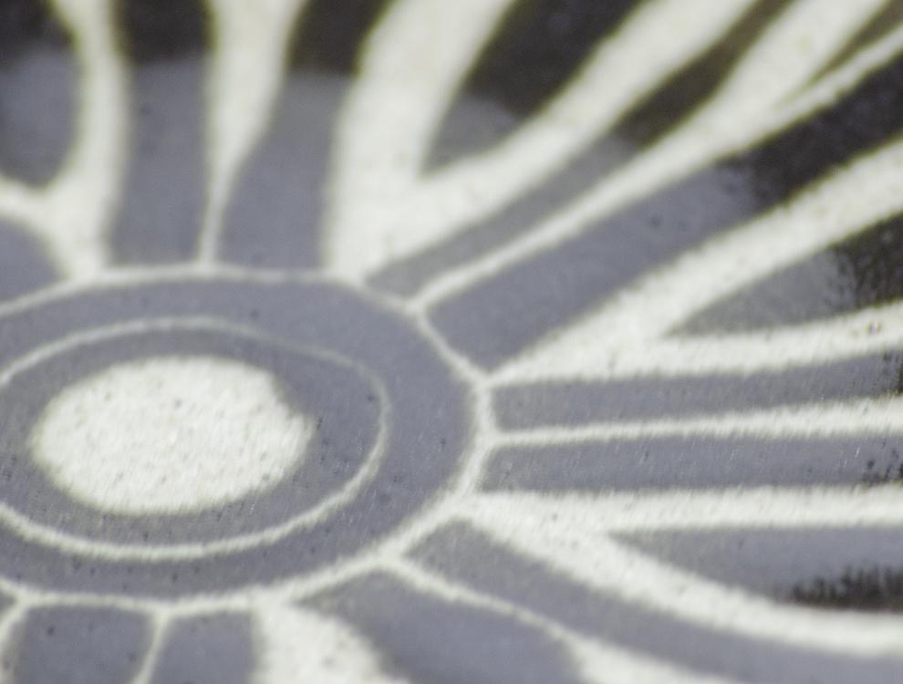 ペルシャ紋_黒ペルシャ紋 8寸丸皿のイメージ