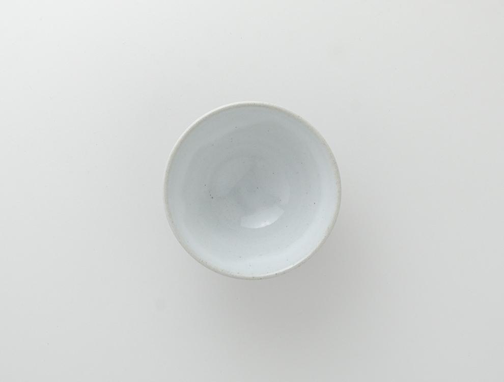 U TOCHIGI DESIGN_飴釉彫蓮紋 湯呑のイメージ